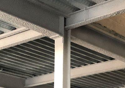 Proyección de mortero Igniplater, vermiculita y perlita en Sevilla. Propacon, planificación e instalación de sistemas de protección pasiva frente al fuego.